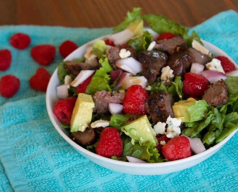 Balsamic Raspberry Steak Salad